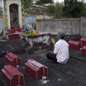 LIGHTER THAN ORANGE DIR MATTHIAS LEUPOLD Diu Graves Of His 12 Children Province Quang Binh Vietnam 01